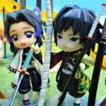 鬼滅の刃 炭治郎と善逸が日輪刀をなくしたよ!公園で富岡と胡蝶と日輪刀を探すよ!いろいろな種類の日輪刀が見つかるよ!