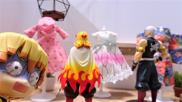 鬼滅の刃 善逸がお洋服屋さん始めるよ!炭治郎と一緒にお店の準備をしたら柱の煉獄がお洋服を買いにきた!煉獄さん、ここはダメです!